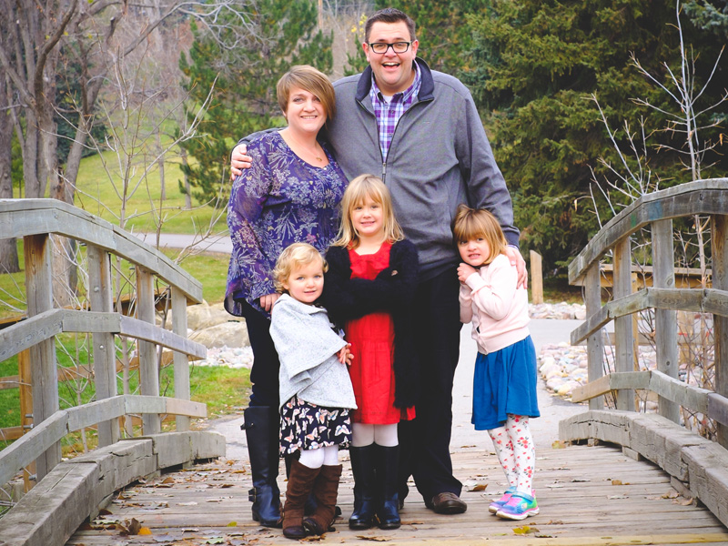 Paul McIntyre Royston, his spouse Christine and their three amazing daughters | Photo: Courtesy of Paul McIntyre Royston