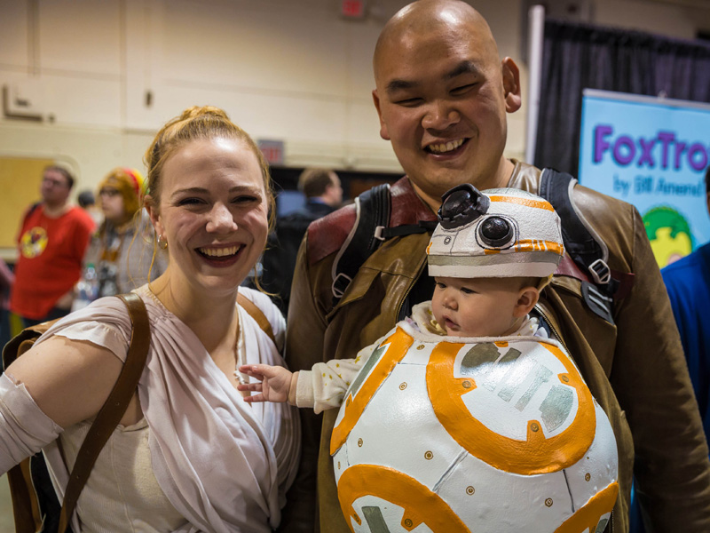 A family dressed in Star Wars cosplay
