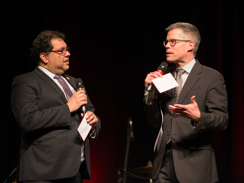 Mayor Naheed Nenshi and host Dave Kelly banter at the 2017 Mayor's Lunch for Arts Champions