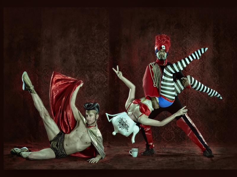 Dancers perform in Modern Vaudevillians