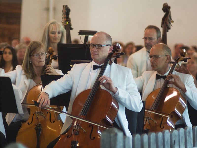 Calgary Philharmonic Orchestra performs at Pops in the Park