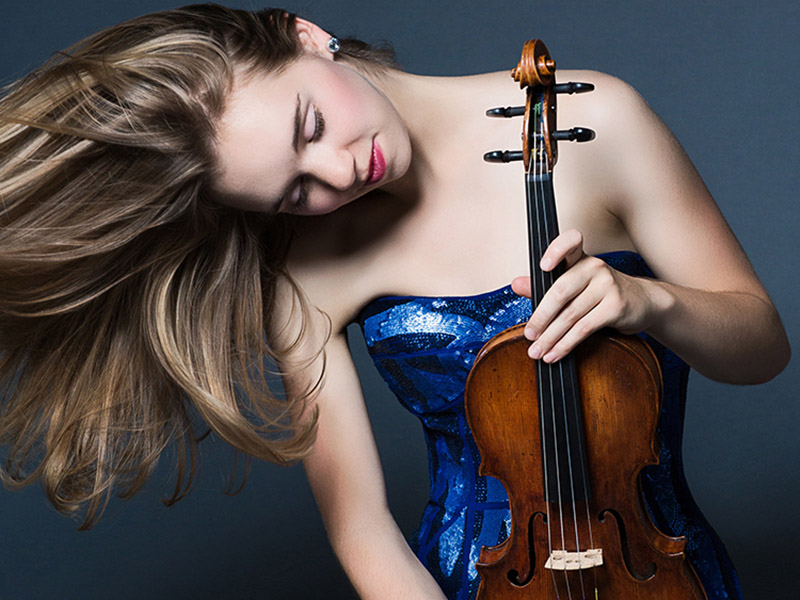 Violinist Amy Hillis, winner of the Eckhardt-Gramatté National Music Competition, performs as part of the E-Gré Winner's Tour