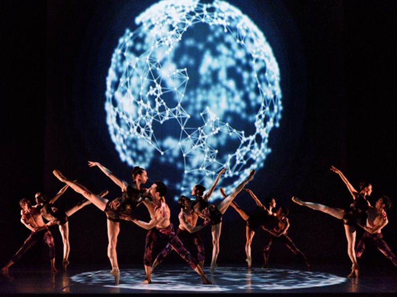 Dancers perform with abstract projections in Alberta Ballet's de.Vi.ate