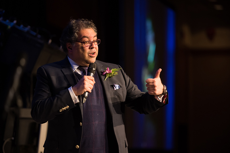Mayor Naheed Nenshi speaks to the audience at the 2019 Mayor's Lunch for Arts