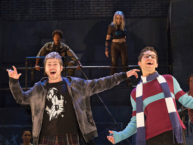 The cast of the Rent 20th Anniversary Tour on stage