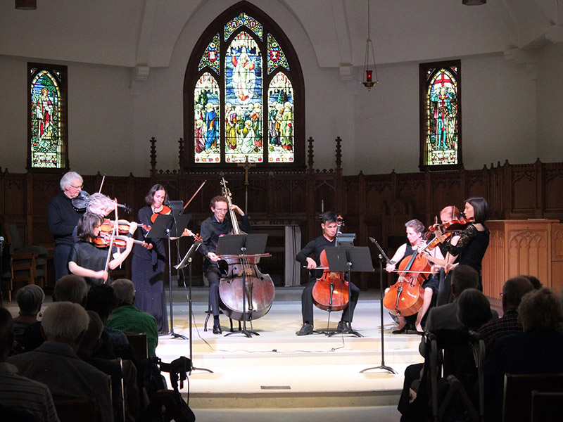A photo of Kensington Sinfonia performing
